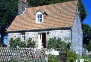 2 bedroom home in Conde-sur-Noireau...