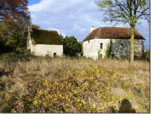 house for sale in Les Loges-Saulces...