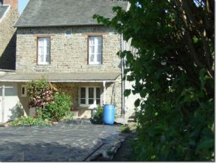 2 bedroom property for sale in Conde-sur-Noireau...