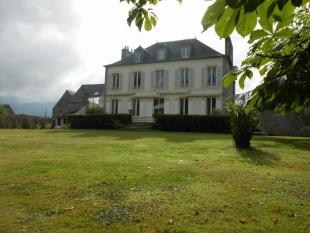 5 bed house for sale in Sainte-Mere-Eglise...