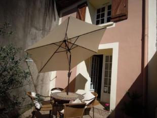2 bedroom property for sale in Lamalou-les-Bains...