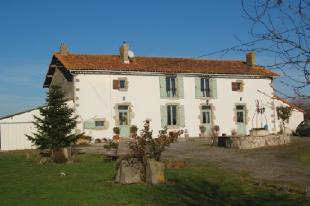 4 bed house for sale in Amailloux, Deux-Sevres...