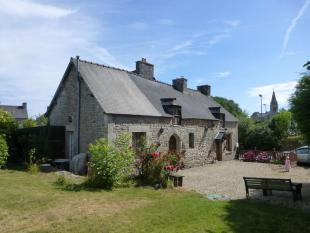 3 bedroom house for sale in Saint Maudez, Bretagne...