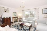 4 bedroom Detached house to rent in Harwood Road,  Marlow...