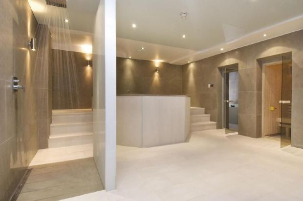 Spa & Shower