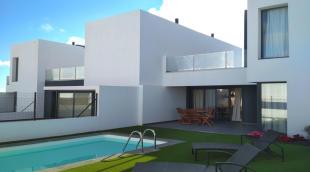 3 bed Villa in Villaverde...