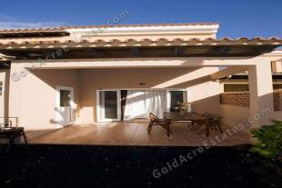 2 bedroom Villa for sale in Corralejo, Fuerteventura