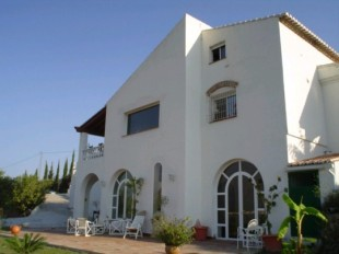 5 bedroom Detached Villa for sale in Andalusia, M�laga...