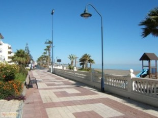 Apartment for sale in Andalusia, M�laga, Torrox