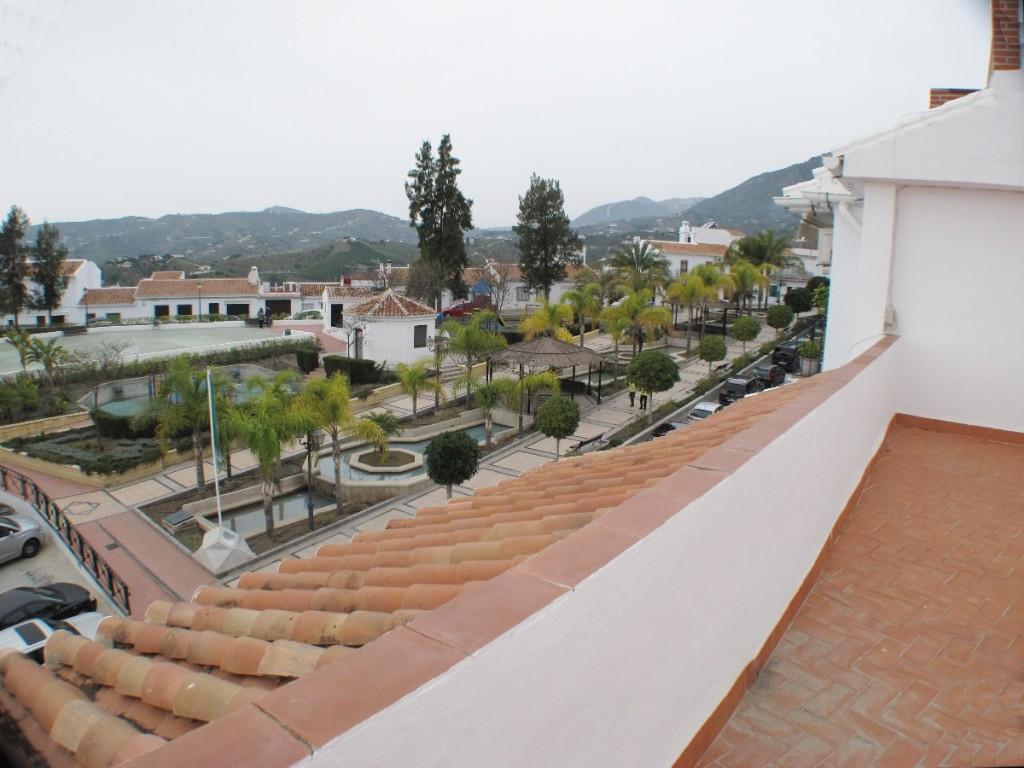 Apartment for sale in Frigiliana, Málaga...