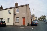 Mary Street End of Terrace house to rent