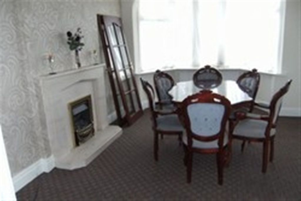 3 Bedroom Property To Rent In 6 Lawson Road Blackpool FY3 9RT FY3