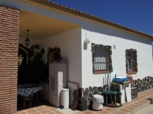 Finca in Andalusia, M�laga, Co�n for sale