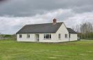 3 bed Bungalow for sale in Chapel Farm, Blunsdon...