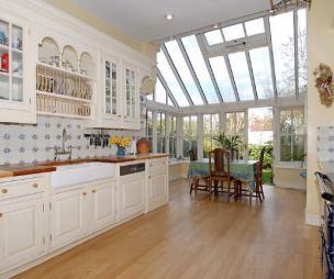 Conservatory kitchen design ideas photos inspiration for Conservatory kitchen extension ideas