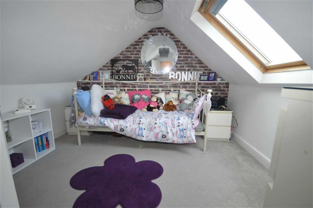 Loft Room/ Bedroom 3