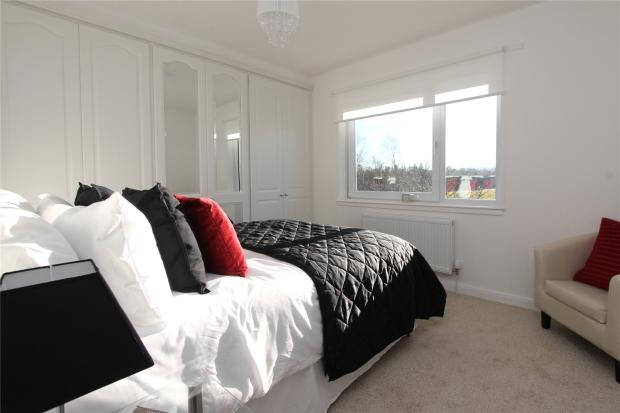 2 Bedroom Apartment For Sale In Queens Court Milngavie Glasgow G62