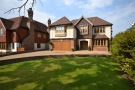 5 bed Detached house in Hazel Grove Farnborough...