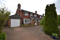 4 bed Detached home in Munnery Way Orpington BR6