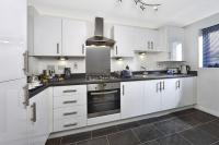 3 bed new house in Hauxton Road...