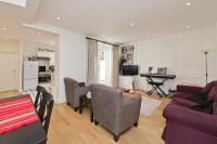 2 bed Flat in Charleville Road...