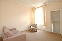 2 bed Flat in Castletown Road...