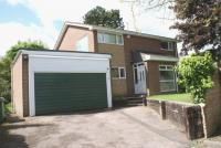 4 bed Detached house in WARREN COURT...