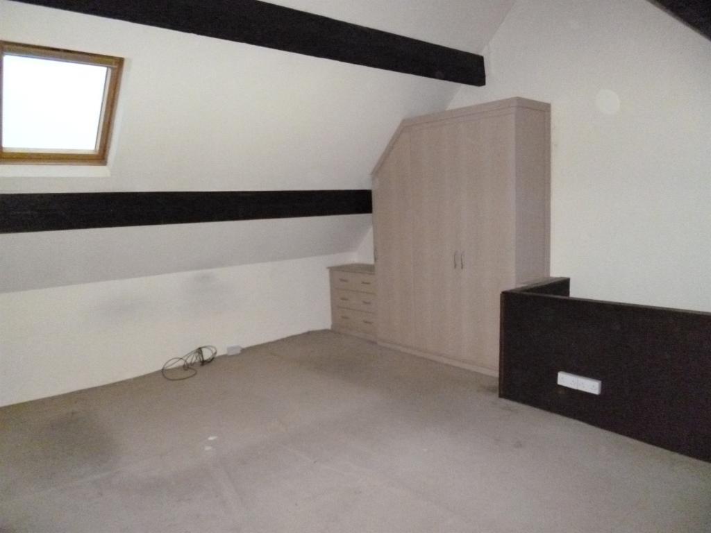 Bedroom 4 - Loft Roo