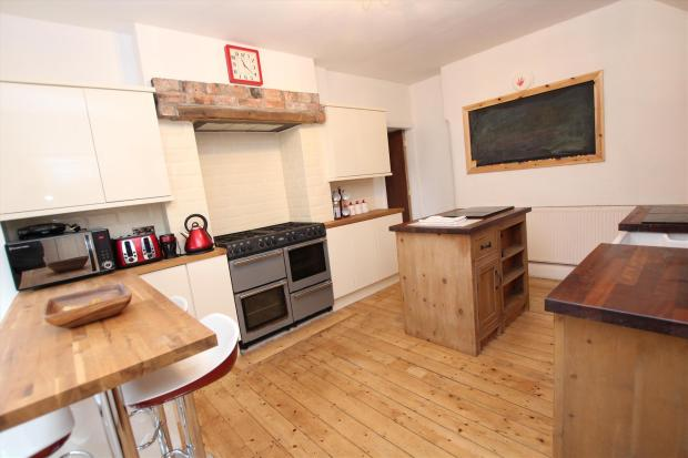 3 Bedroom House To Rent In Gloucester Avenue, Blackpool, Fy1. Green Kitchen Faucets. Kitchen Table Is Sticky. Kitchen Cupboard Shelf Extenders. Kitchen Plan Examples. Kitchen Cupboards Newcastle Kzn. Kitchen Design Victoria Reviews. Kitchen Stove Btu. Kitchen Door Lowes