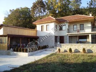 2 bedroom house in Prisovo...