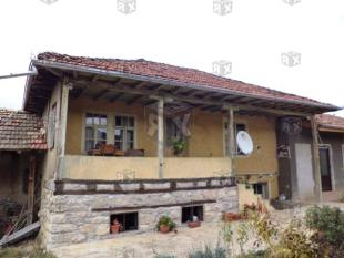 2 bedroom property for sale in Hotnitsa...