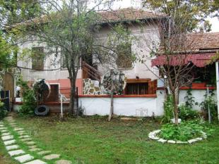 3 bed house for sale in Dichin...