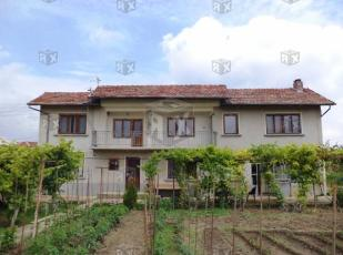 3 bedroom house in Resen...