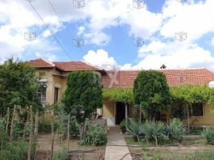 Lesicheri house
