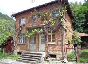 6 bed property for sale in Stanchov Han...