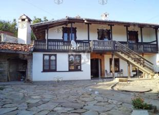 4 bedroom property for sale in Gostilitsa...