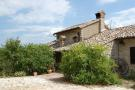 Esanatoglia Farm House for sale