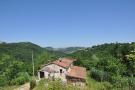 4 bed Country House for sale in Montefalcone Appennino