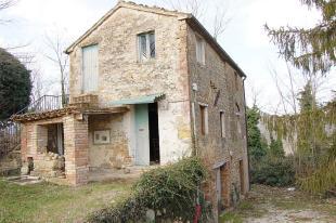 Stone House in Smerillo, Fermo, 63856 for sale