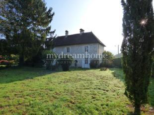 property for sale in Massignieu-de-Rives, 01300, France