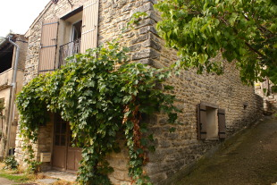 3 bed Village House for sale in Provence-Alps-Cote...