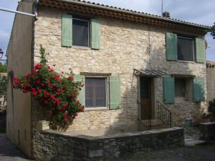 Village House for sale in Provence-Alps-Cote...