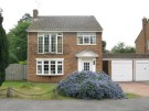 3 bedroom Detached house to rent in Hoddesdon, EN11