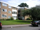 2 bed Apartment in Heathfield Close...