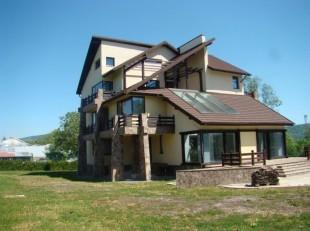 Villa for sale in Prahova, Breaza