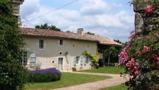 Farm House for sale in Poitou-Charentes...