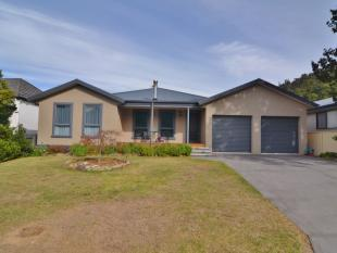 property for sale in 10 Hay Street...