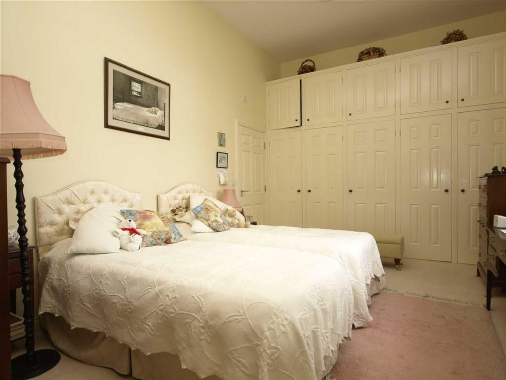 2 bedroom apartment for sale in grey towers hall for 2 master bedroom homes for sale