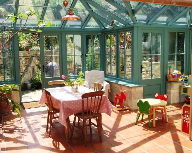 Floor tiles conservatory design ideas photos for Orangery lighting ideas