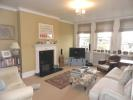 3 bed Flat to rent in Disraeli Gardens, Putney...